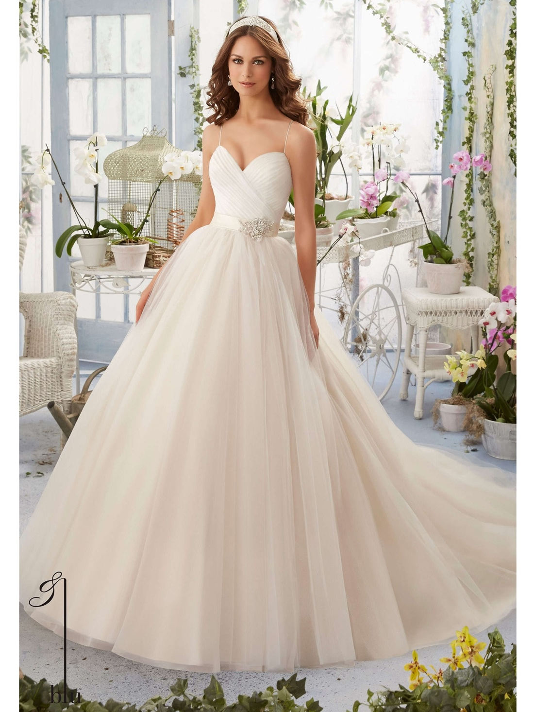 Get A Designer Wedding Dress Look For Less