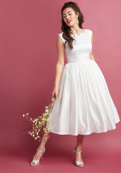 8d534345ff3 ModCloth Mayhem - Shockingly Gorgeous Tea Length Wedding Dresses from  everyones  favorite
